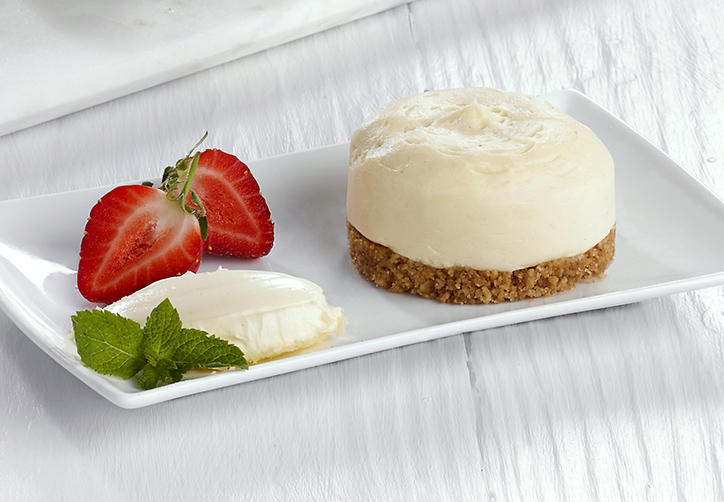 Individual clotted cream cheesecake