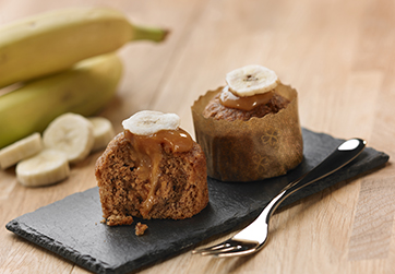 Banana and salted toffee mini cake
