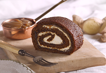 Sticky gingerbread roulade